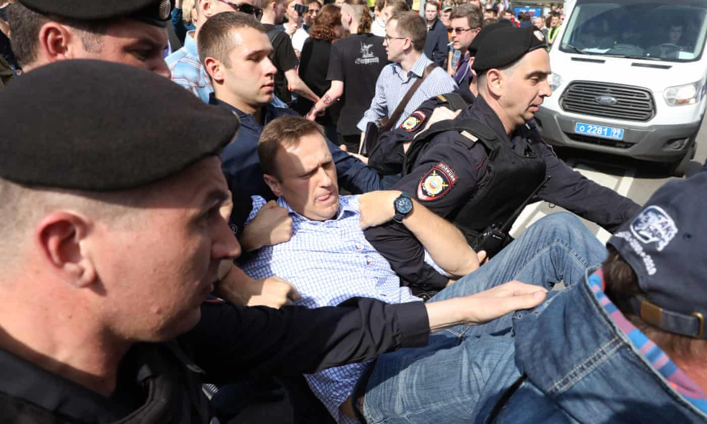 prisão de navalny the guardian