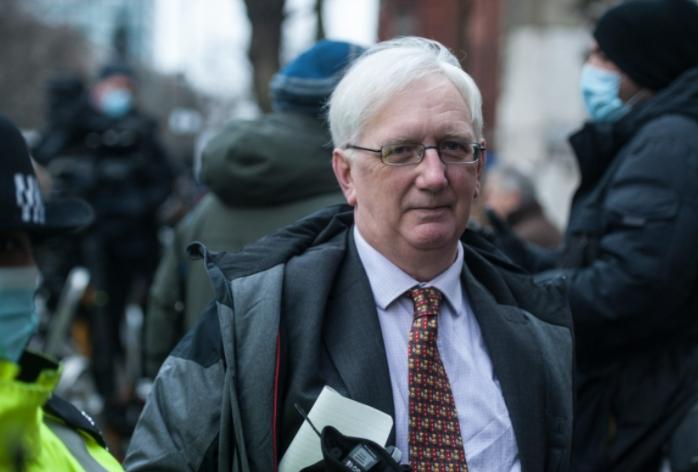 Ativista de direitos humanos e pela independência da Escócia, o ex-embaixador Craig Murray foi condenado a 8 meses de prisão.